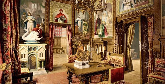 Speisezimmer in der Wohnung des Königs auf Schloss Neuschwanstein, kolorierte Fotografie von Joseph Albert, 1886
