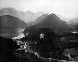 Neuschwanstein, Blick auf Hohenschwangau - Panoramaansicht