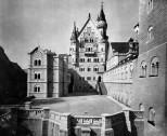 Neuschwanstein Blick auf den Burghof Richtung Palas